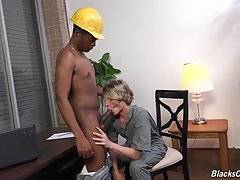 2 very sexy guys in a hot boss/worker scene with a twist. They take turns as top and bottom